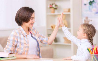 10 INDEPENDENT ACTIVITIES FOR KIDS WHEN MOM NEEDS A BREAK